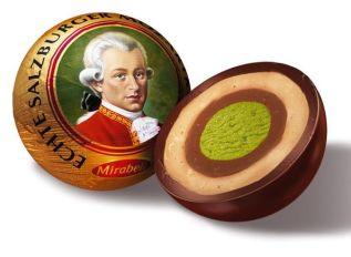 Mozartkugeln, chocolat viennois noir fourré à la pistache